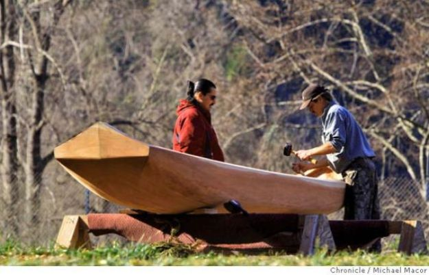 Modern Yurok making traditional redwood canoe. Photo credit: http://www.sfgate.com/magazine/article/Battling-Upstream-3288175.php#photo-2436580